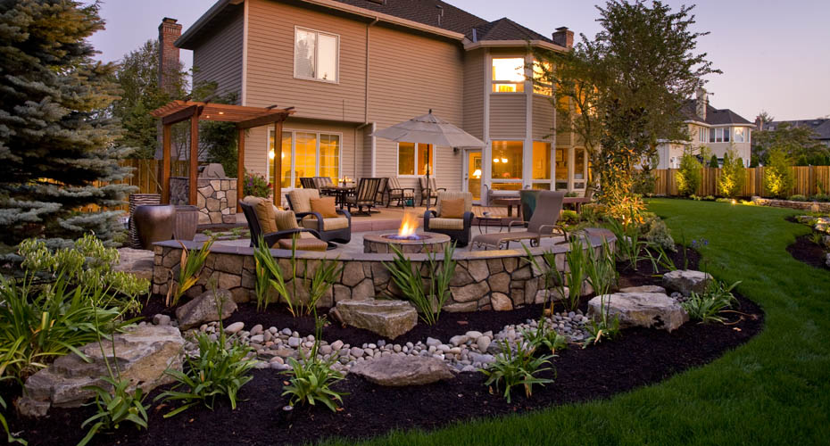 4 Essential Landscaping Tips